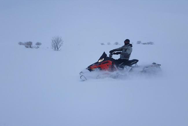 חופשת חורף מרגשת עם טיולי אופנועי שלג ברומניה וגיאורגיה